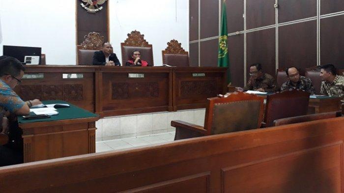 KPK Bantah Hentikan Penyidikan Kasus Suap PAW DPR